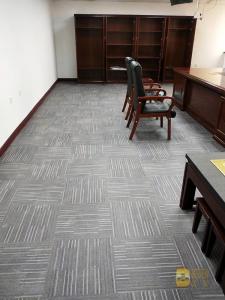 华安保险办公室 LVT片材地毯纹 (3)